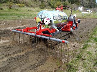 生ごみを発酵させて出来た液肥を農地で利用